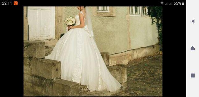 Весільне плаття сукня.
