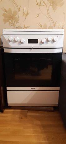 Продаётся газовая плита с электро духовкой Gorenje K 65330 DW