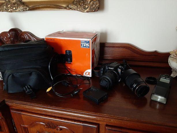Aparat fotograficzny Sony Alfa 200