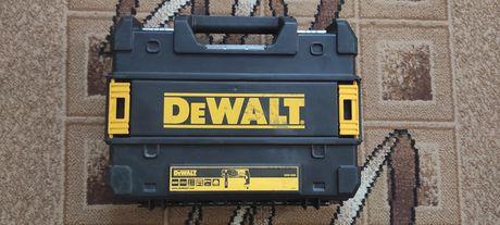 Продам перфоратор DeWalt D25133K
