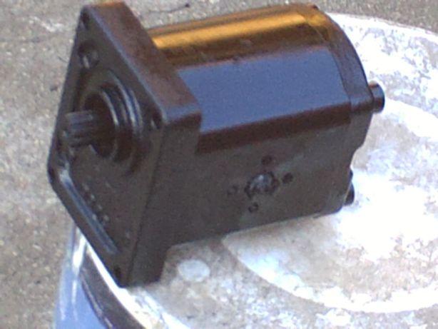 bomba hidraulica trator\rachador\outro fim