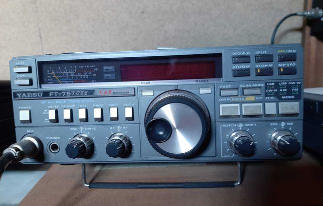 Radio Transceptor YAESU FT 757-GXII + Fonte de Alimentação FP 757HD