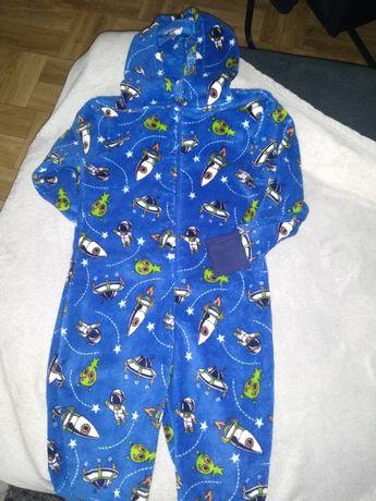 Piżama, kimbinezon