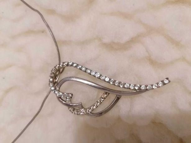 Łańcuszek srebrny z sercem