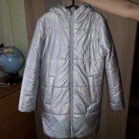 Продам зимнее пальто OSTIN на девочку 10-11 лет б/у