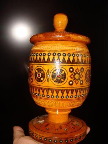 кубок/ваза,авт.раб.художника,Прикарпатье,резьба, маркетри,инкрустаци