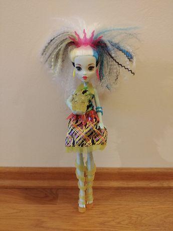 Lalka Monster High Zelektryzowana Frankie Stein światła i dźwięki