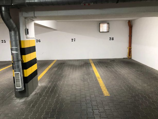 Sprzedam miejsce postojowe w garażu wielostanowiskowym - os. Górne