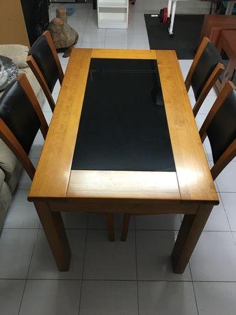 Mesa Pinho mel com 4 cadeiras (conjunto)