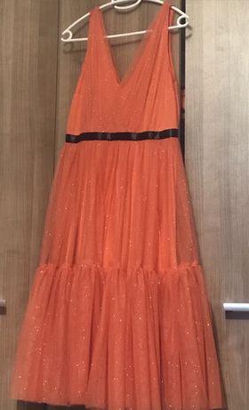 Tiulowa sukienka Paris 40