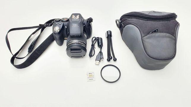 Aparat Fujifilm Fineplix HS10