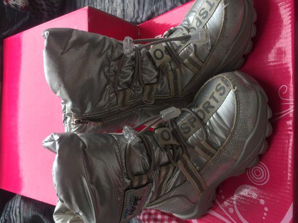 Ботинки на девочку зима