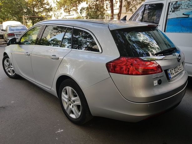 Продам Opel Insignia 2010