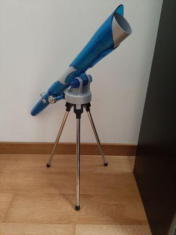 Telescópio para criança