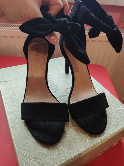 Czarne szpilki sandały zamszowe Świdnica - image 1