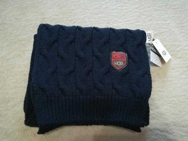 Стильный шарф UGG. с отличным составом.