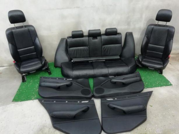 Bancos e quartelas Em pele preta Pack M E46 Touring ou sedan