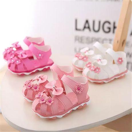 Светящиеся босоножки на девочку,LED сандалії сандалі на дівчинку 21-30