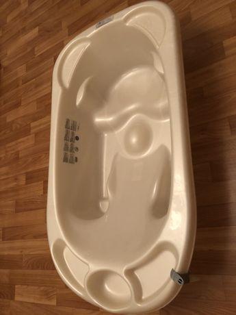 Эргономичная ванночка с подставкой и сливом Jane