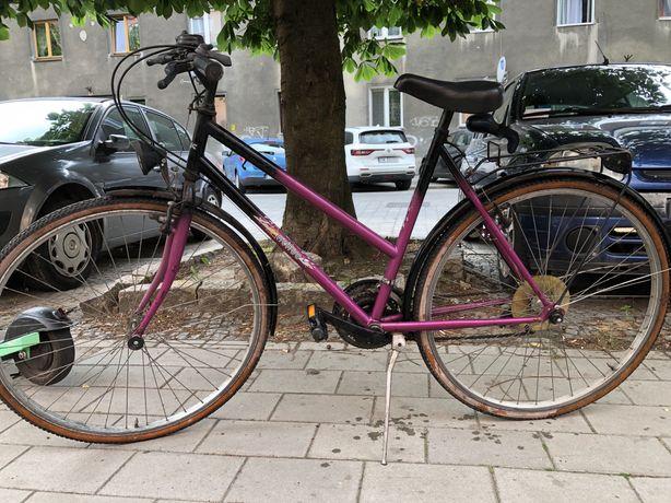 Prawie nieużywany rower 28' Shimano