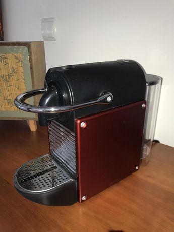 Máquina de café Nespresso Pixie Alumínio