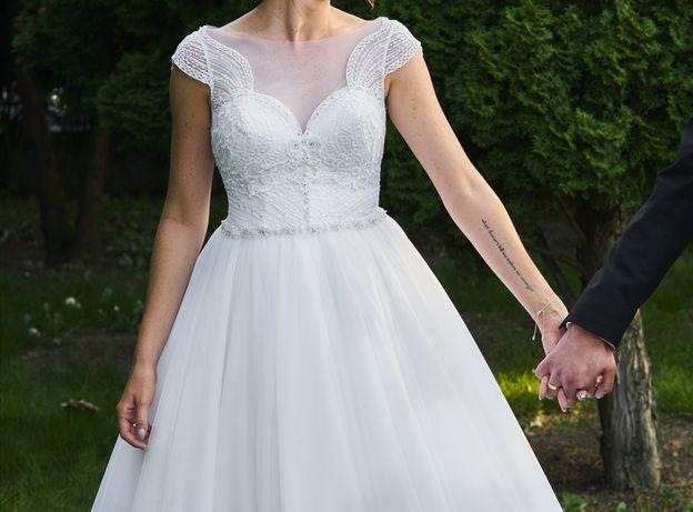 Biała suknia ślubna princess księżniczka
