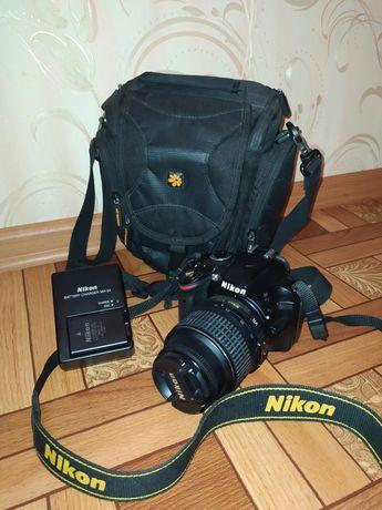 Никон D3200 зеркальный