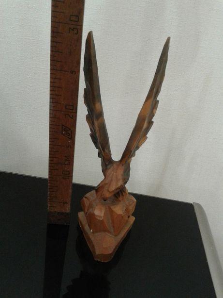 Статуэтка Орел -дерево.