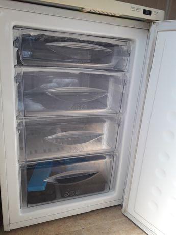 Congelador vertical LG