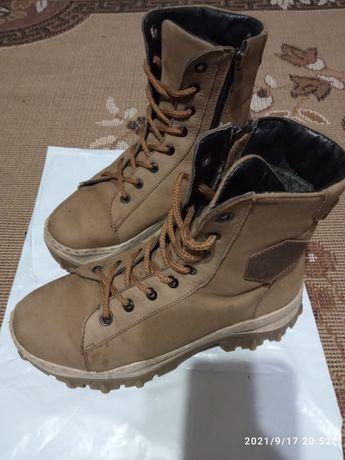 Ботинки сапоги зимние натуральная кожа 37 р.