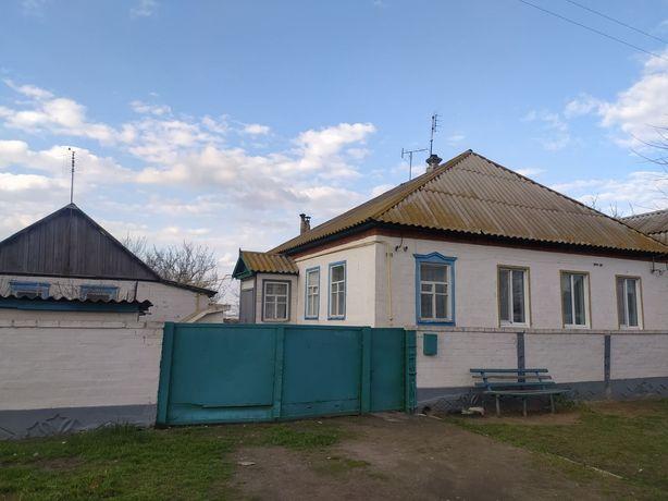 Продам дом в селе Пришиб