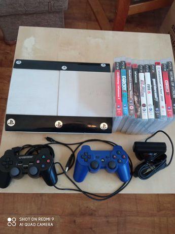 Konsola PS3 super slim 250gb+ 2pady, kamerka i 10 gier