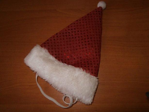 Czapeczka i ubranko świąteczne dla małego pieska.