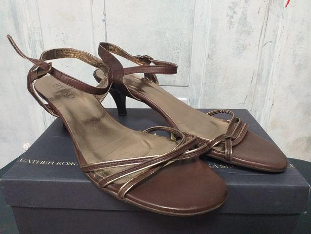 Sandałki damskie Ryłko