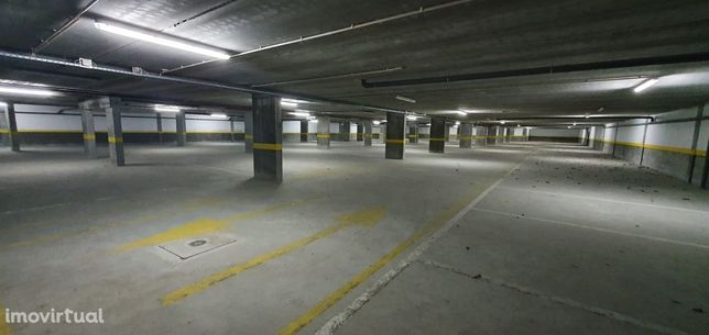 Garagem  Venda em Cedofeita, Santo Ildefonso, Sé, Miragaia, São Nicola