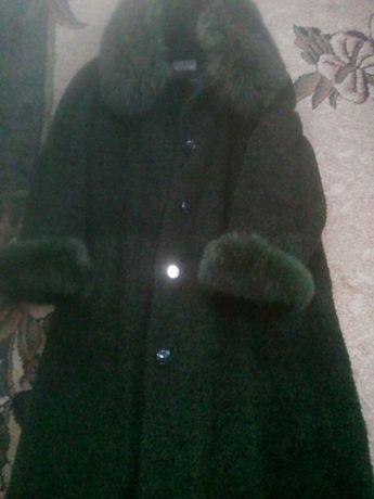 Продам зимнее пальто 54-56 размера