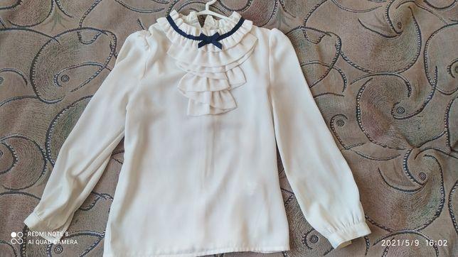 Блуза для дівчинки на 7-8 розмір