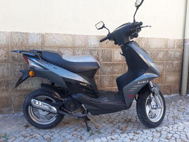 Scooter 50cc a quatro tempos
