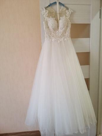 Сукня Весільне плаття