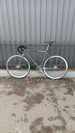 Велосипед с фиксированной передачей(фикс)