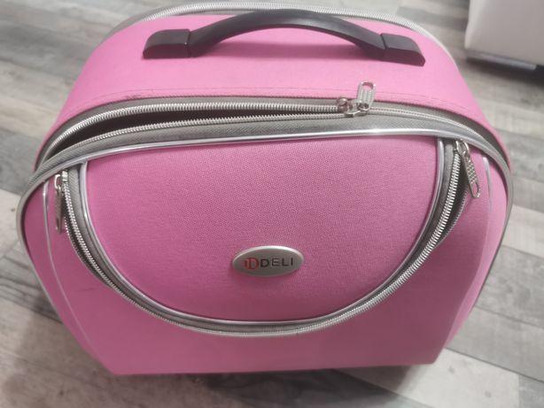 Kosmetyczka/ torba na walizkę