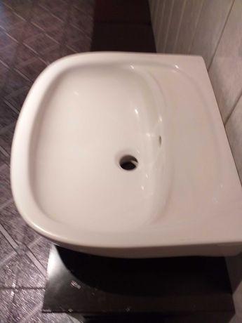 Umywalka łazienkowa 50 cm