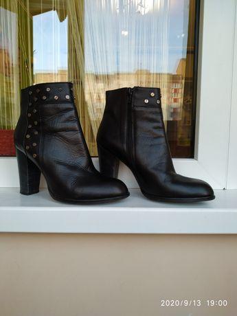Ботинки, сапожки, женская обувь, на каблуке, кожаная обувь