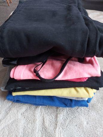 Ubrania S/M, wymienię za 1 paczkę chusteczek nawilżających Dada