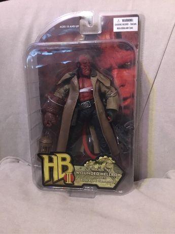 Figura Hellboy II Mezco Toyz