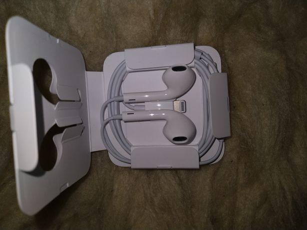 Pudełko od Iphone 11 plus orginalne słuchawki z całą ładowarką