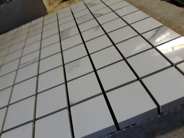 Продам мозайку(материал-керамогранит)