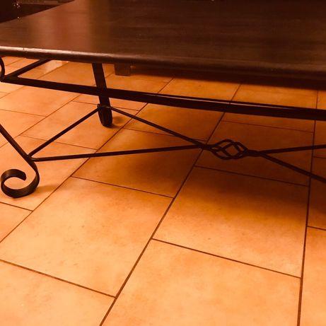 Mesa em ferro e vidro Madeira maciça 1,30 C /0,60 L excelente estado..