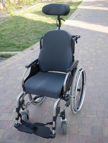 Wózek inwalidzki VERMEIREN V300, wysoki zagłówek, odchylany