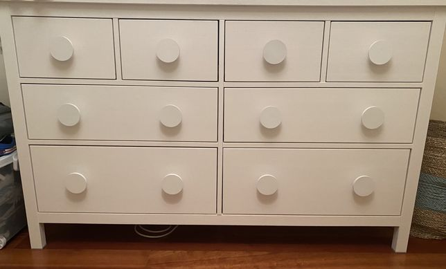 Comoda Ikea hemnes 8 gavetas